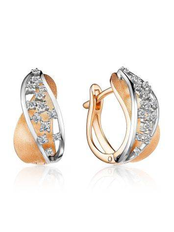 Chic  Huggie Style Gold Diamond Earrings, image