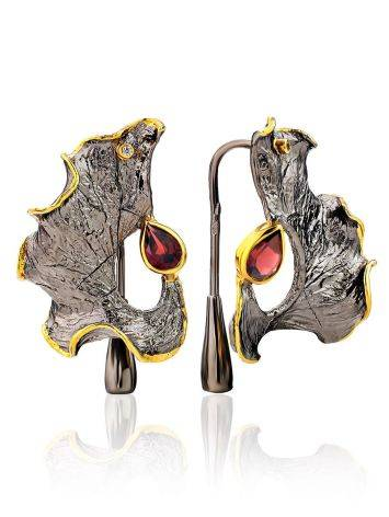 Abstract Design Silver Garnet Earrings, image