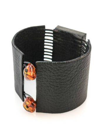 Dark Leather Bracelet With Green Amber The Amazon, image , picture 4